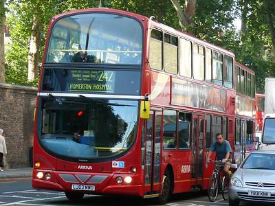 Arriva London VLW167 090925 Theobald's Road