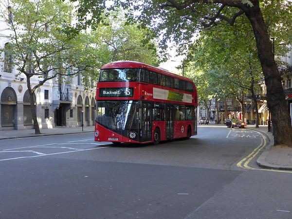 LT413 [Stagecoach London] 150927 Aldwych [jh]